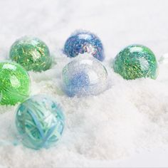 Crystalina fibre and ribbon filled baubles! A quick and easy way to add some sparkle to your Tree. Christmas Makes, Christmas Crafts, Mint, Handmade Christmas Crafts, Peppermint, Xmas Crafts, Christmas Tree Crafts