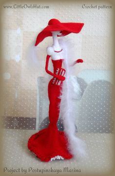 Project by Postupinskaya Marina. She used the crochet pattern of Lady toy Figurine on Ravelry #Amigurumi, #LittleOwlsHut, #Pertseva, #CrochetPattern, #Crochet, #Pattern, #DIY