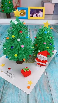 Creative handicraft - Things to Try. - creative crafts let& do together!😘😘😍😍 - Christmas Ornament Crafts, Christmas Crafts For Kids, Xmas Crafts, Diy Christmas Gifts, Halloween Crafts, Christmas Projects, Diy Paper Christmas Tree, Santa Crafts, Christmas Origami
