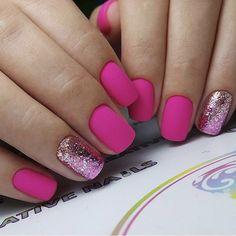 DIY Nail Art Designs Fuchsia and glitter nail art. Pretty pink nail design♥️♥️♥️ Types Of Hair Loss Pedicure Colors, Manicure E Pedicure, Glitter Pedicure, Pedicure Ideas, Pedicures, Matte Pink Nails, Acrylic Nails, Hot Pink Nails, Diy Nails