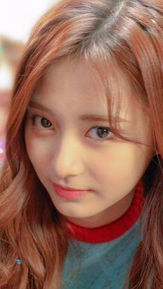 My baby tzuyu Korean Beauty, Indian Beauty, Kpop Girl Groups, Kpop Girls, Prity Girl, Gfriend Yuju, Chou Tzu Yu, Tzuyu Twice, Japan Girl
