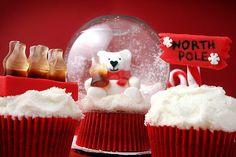 cupcake snowglobe