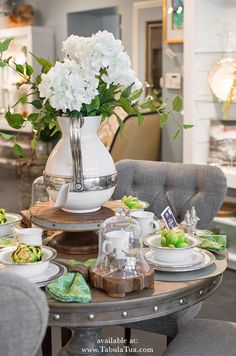 In LOVE with this Spring table setting featuring Match Pewter Italian Dinnerware with a beautiful spring arrangement to freshen up the table! Perfect for everyday or for those special occasions!
