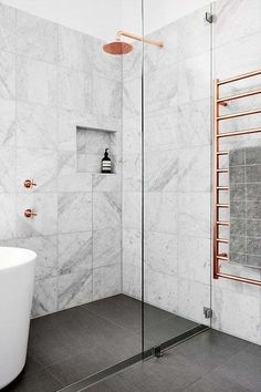 Come arredare il bagno con il grigio (Foto) | Designmag
