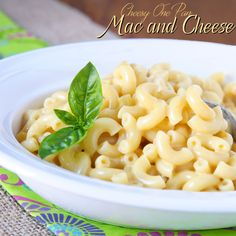 Don't grab boxed mac and cheese when you can make a tasty homemade version just as quick using Barilla's new no boil, no drain Pronto pasta and real cheese! Kid approved! Cheesy One Pan Mac and Cheese #AllstarsBarilla #Ad #AllrecipesAllstars #macaroni #cheese