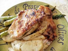 The Cozy Little Kitchen: Garlic & Lemon Pan Fried Pork Loin Chops with Roasted Asparagus and Potatoes
