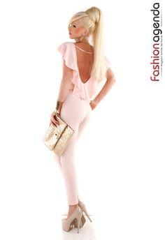Salopeta dama lunga eleganta cu volan pe spate Jenny Roz - MuJeR.ro http://www.mujer.ro/salopeta-dama-lunga-eleganta-cu-volan-pe-spate-jenny-roz
