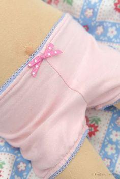 DIY Doll Panties (free pattern)
