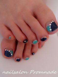 New pedicure decorado con piedras Ideas Pedicure Nail Art, Manicure, Pedicure Designs, Toe Nail Designs, Nail Polish Designs, Acrylic Nail Designs, Nail Polish Art, Toe Nail Art, Cute Toe Nails