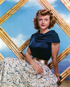 Angela Lansbury, photographed by Clarence Sinclair Bull Angela Lansbury, Old Movie Stars, Classic Movie Stars, Hooray For Hollywood, Hollywood Stars, Hollywood Glamour, Classic Actresses, Actors & Actresses, Vintage Hollywood