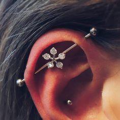 Silver Ear Jackets + Sparkly Spikes - silver ear jacket/ ear jacket spike/ ear jacket silver/ ear jacket earring/ birthday/ gifts for her - Fine Jewelry Ideas Barbell Earrings, Cuff Earrings, Cartilage Earrings, Circle Earrings, Pearl Drop Earrings, Daith Piercing, Ear Piercings, Minimalist Earrings, Minimalist Jewelry