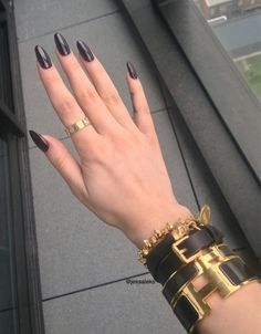 black nails and hermes