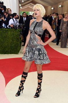 Taylor Swfit - Celebrity Fashion Trends