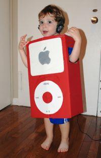 Déguisement d'ipod à faire soi-même avec un carton #DIY #kids #enfant #enfants #halloween #déguisement #carnaval #ipod