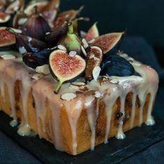 Fig Almond Tea Cake w Coconut Honey Glaze Hungry Rabbit Fig Recipes, Sweet Recipes, Dessert Recipes, Cooking Recipes, Tea Cakes, Cupcake Cakes, Cupcakes, Almond Tea, Coconut Tea