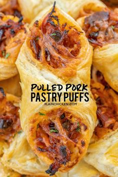 Pulled Pork Pastry Puffs – only 4 ingredients! Great recipe for a quick lunch, d… Pulled Pork Pastry Puffs – only 4 ingredients! Great recipe for a quick lunch, dinner or party. Smoky pulled pork tossed with BBQ sauce and cheese then baked in puff pastry. Finger Food Appetizers, Appetizers For Party, Appetizer Recipes, Appetizers For Dinner, Party Snacks, Christmas Appetizers, Delicious Appetizers, Tailgate Appetizers, Chicken Appetizers