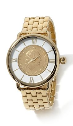 You no longer have to borrow your hubby's watch! Bellezza brings this timeless & chic oversized timepiece that will put the perfect finishing touch on all your outfits, year-round!