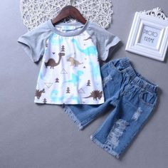 8833dfed2389a Cartoon Print Short Sleeves Ripped Jeans Sets - popreal.com. all bloggers  den · Baby Outfits · Butterfly Prints Princess Dress ...
