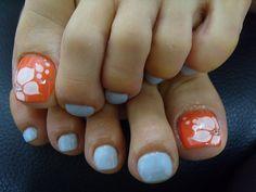 orange and blue toenails