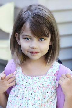 Taglio capelli medi bambina