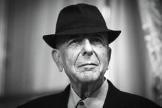 Wpis poświęcony jednej z piosenek Leonarda Cohena. Pięknej, spokojnej i nastrojowej. http://muzyczna-lista.pl/spokojny-taniec-cohena/