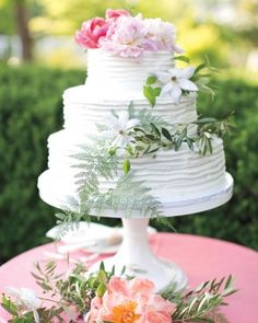 Courtney And Michael's Garden Party Wedding In St. Louis - The Cake