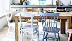 Billedresultat for simple living Dining Chairs, Dining Table, Simple Living, New Homes, Interior Design, Country, Room, Inspiration, Furniture