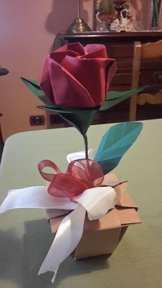 origami rose in vase