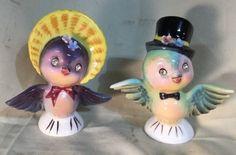 Birds-With-Rhinestone-Eyes-Salt-Pepper-Shakers-Japan-1218