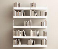 For a modern touch: bookshelf all in metal🤍 Built In Shelves, Metal Shelves, Wood Shelf, String System, Muuto, Modular Shelving, Bookshelf Design, Home Remodeling Diy, Décor Boho