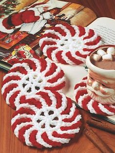 Peppermint Coasters free crochet pattern - Free Peppermint Crochet Patterns - The Lavender Chair Más Crochet Kitchen, Crochet Home, Crochet Gifts, Free Crochet, Knit Crochet, Crochet Winter, Crochet Christmas Gifts, Crochet Ornaments, Crochet Snowflakes