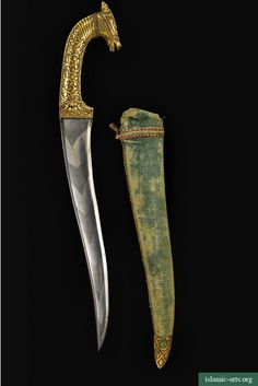 A KOFTGARI HORSE-HEAD DAGGER AND SCABBARD, INDIA, 19TH CENTURY
