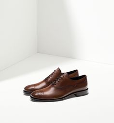 SMART OXFORD SHOES WITH BROGUEING