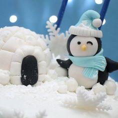 Fondant Penguin Cake