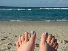 5 Things to Love about Springtime in Charleston - Things to Do in Charleston SC - Visitor Info Charleston Things To Do, Charleston Beaches, Charleston Sc, Travel Advisor, Trip Advisor, Beach Day, Beach Trip, Luxury Travel, Spring Time