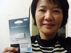 有驚無險順利到手SONY TINY 超薄精巧碟 32G.真的是太讚了~~