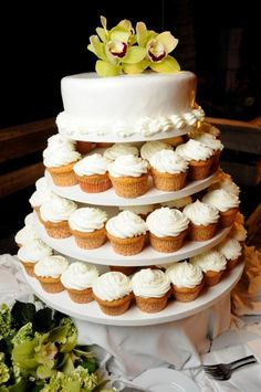 White Orchid Green Cup Beach Wedding Cake