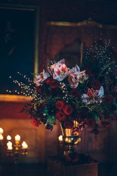 Romantic Gothic centerpiece | Image by Stefano Santucci