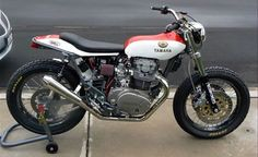 Yamaha XS650 Custom dirt tracker street bike