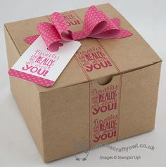 Birthday Box In A Jiffy! Extra large gift box, Gift Bow Bigz Die, Really Good Greetings, Chalk Talk Framelits Joanne James, Stampin' Up Demonstrator, www.blog.thecraftyowl.co.uk