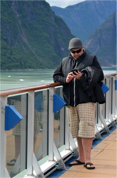 Trying to prepare for your first cruise can be overwhelming. Here are ten first time cruise tips to make the cruising experience easier. Cruise Tips, Cruise Travel, Cruise Vacation, Carnival Spirit, Carnival Breeze, Packing For Europe, Shore Excursions, Best Apps, Family Travel