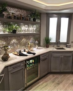 Basement kitchen bar perfection in @sumhouse_sumwear 's home! Thank you for sharing!
