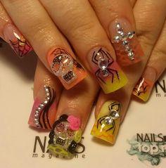 Extraordinary nails by Eva #Halloween #nailarthalloween #nail #nailartist