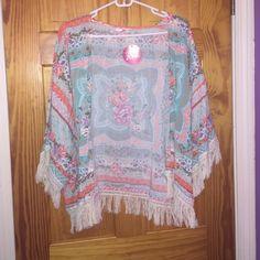 CLOSET CLOSING‼️ Fringe floral kimono Brand new. Tops