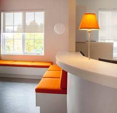 Resultado de imagen de waiting room design