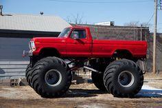 Ford F-100 Monster Truck
