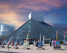 rock n roll hall of fame. cleveland ohio