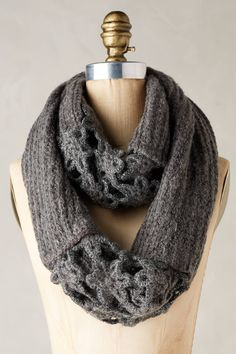 Crocheted Villarica Infinity Scarf | Pinned by topista.com