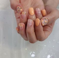 the stunning summer nail art designs for short nails 122 ~ thereds.me - All For Hair Color Trending Trendy Nails, Cute Nails, My Nails, Fall Nails, Classy Nails, Cute Nail Art, Simple Nails, Winter Nails, Summer Acrylic Nails