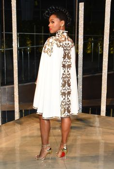 Janelle Monáe attends the 2015 CFDA Fashion Awards at Alice Tully Hall at Lincoln Center on June 2015 in New York City. Photos by Dimitrios Kambouris / Getty Images North America Kaftan Designs, African Attire, African Dress, Abaya Fashion, Fashion Dresses, Abaya Mode, Mode Kimono, Hijab Stile, Frack